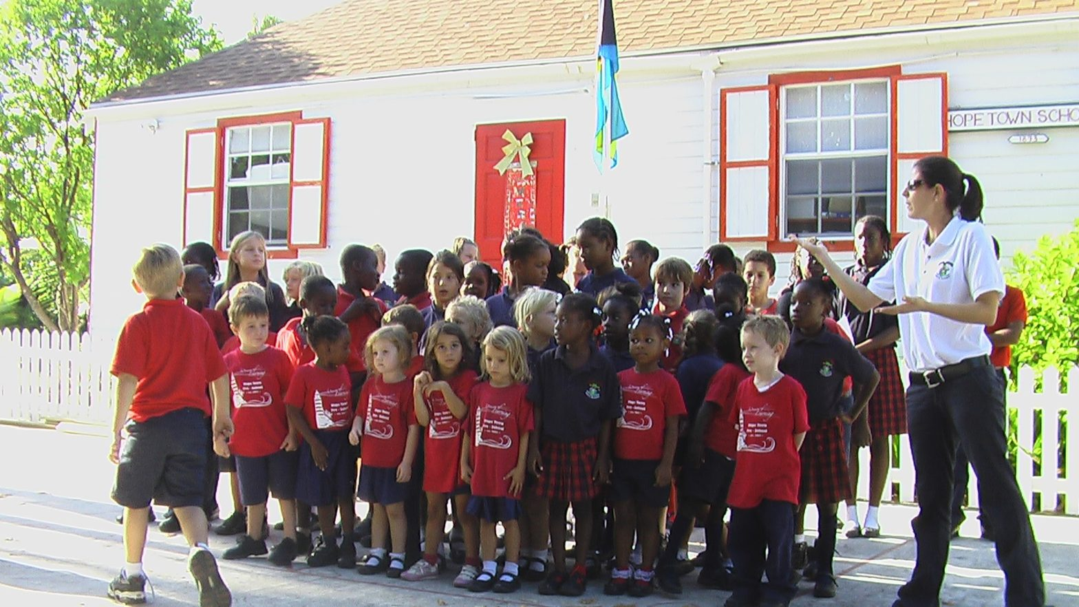 Miss Amanda and the Hope Town Primary School Students